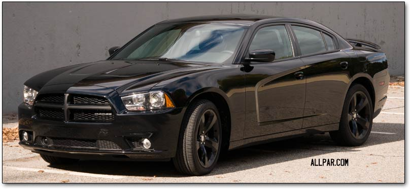 2012 Dodge Charger Hemi AWD and 8speed V6 car reviews