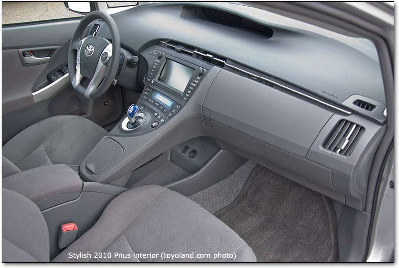 2010 Toyota Prius seats and car review